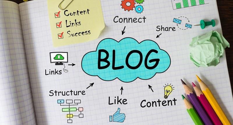 وبلاگ در کنار وب سایت